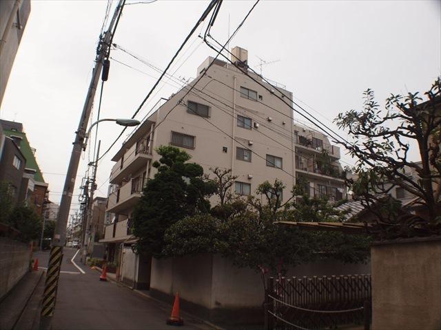 南青山ロータリーマンションの外観