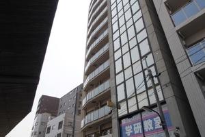 ロジュマンジャンティ椎名町の外観