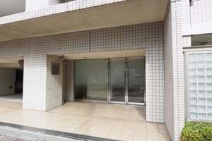 パークホームズ墨田菊川ステーションアリーナのエントランス
