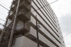 ニュー荻窪マンションの外観