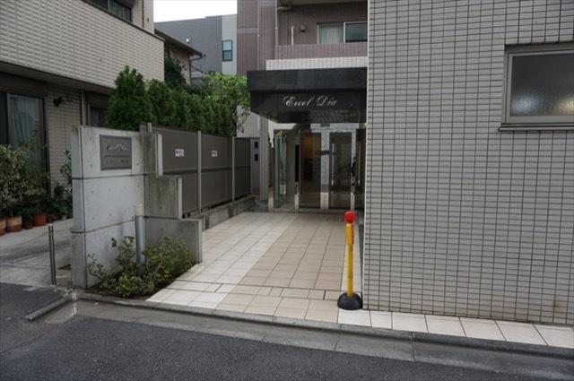 エクセルダイア新川崎のエントランス
