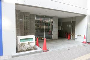 日神デュオステージ笹塚西館のエントランス
