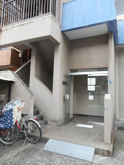 フジハイツ錦糸町のエントランス