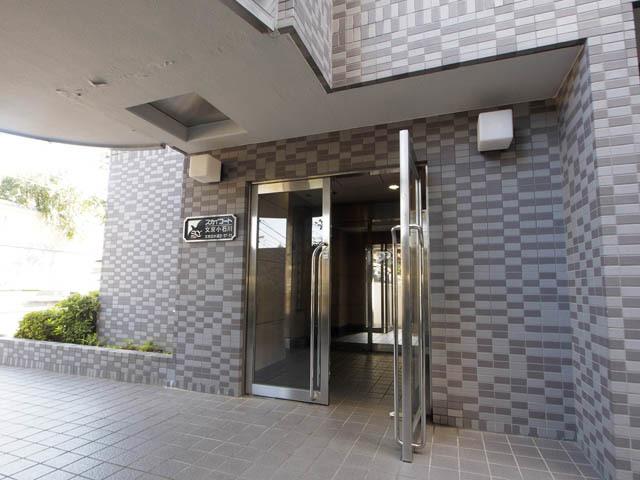 スカイコート文京小石川のエントランス