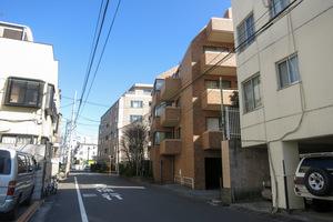 小田急千駄ヶ谷22番館の外観