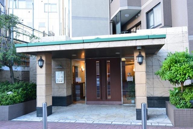 クレストフォルム大井町のエントランス