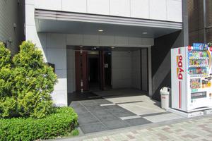 メインステージ西新宿2のエントランス