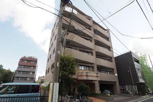 コニファーコート志村壱番館の外観