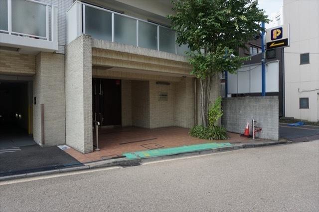 クリオ横浜桜木町ラモードのエントランス