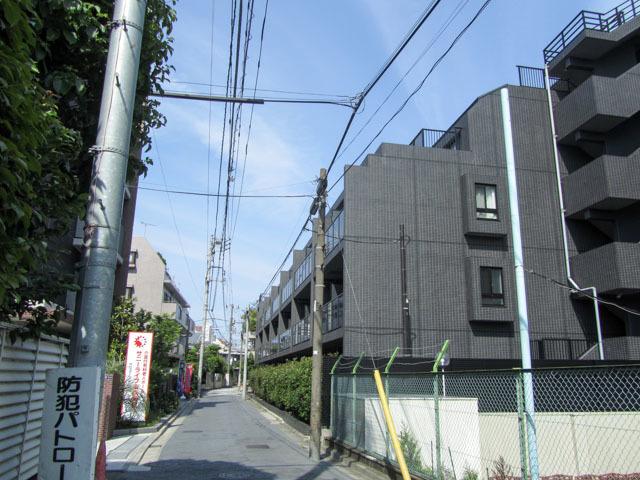 ガーラヒルズ新宿の外観