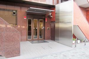 クレベール西新宿フォレストマンションのエントランス