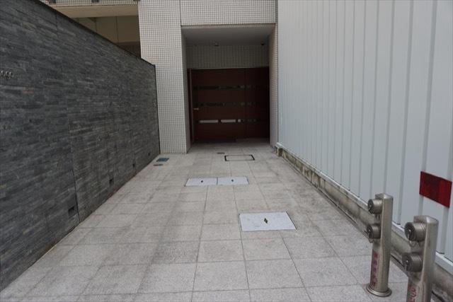 トワイシア横浜磯子のエントランス