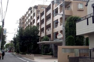 ライオンズヒルズ田端不動坂の外観