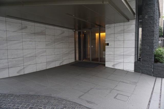 乃木坂パークハウスのエントランス
