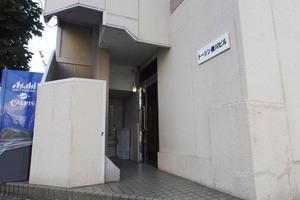 トーシン横川ビルのエントランス