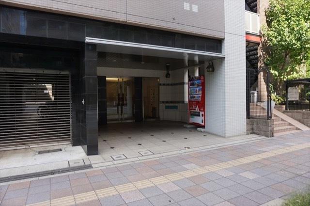 レグラス横浜ポートサイドのエントランス
