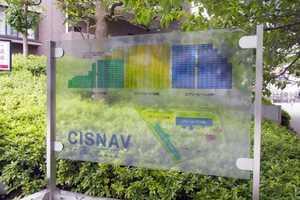 シスナブ池袋本町の看板