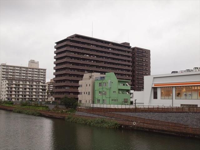 コスモ住吉扇橋の外観