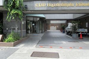 クリオ東新宿壱番館のエントランス