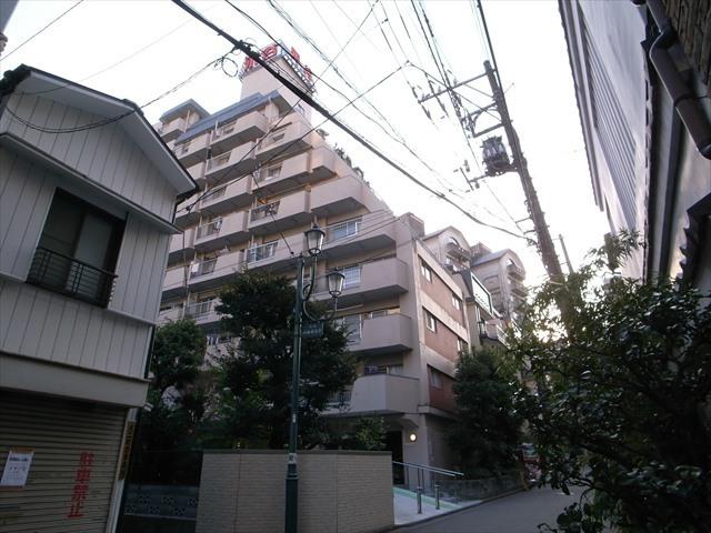 湯島永谷マンションの外観