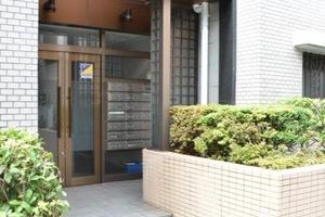 コスモ平井のエントランス