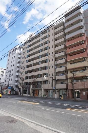 クリオ蒔田2番館の外観