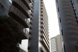 麹町クリスタルシティの外観