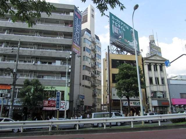 中銀目黒タワービルの外観