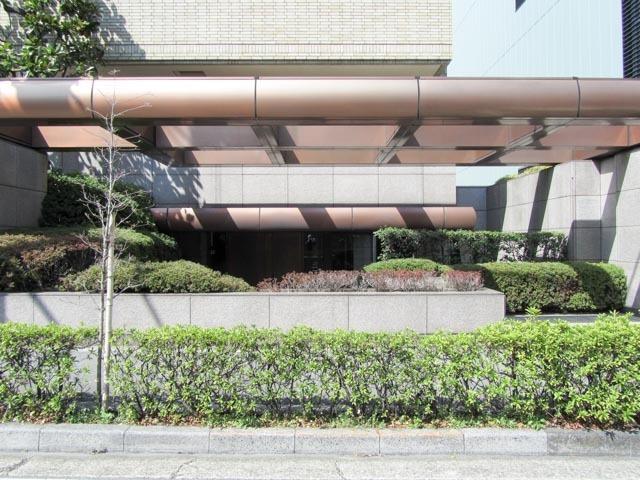 常磐松パークマンションのエントランス