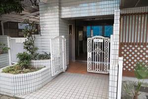 代田橋ハイムのエントランス
