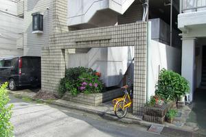パステルシティ西新宿のエントランス