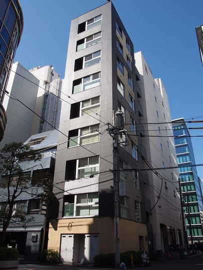 アパートメント2122