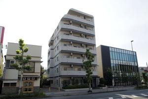 アデッソ志村ユニフォートデザインの外観