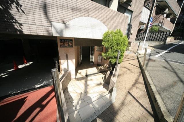 菱和パレス高輪壱番館のエントランス