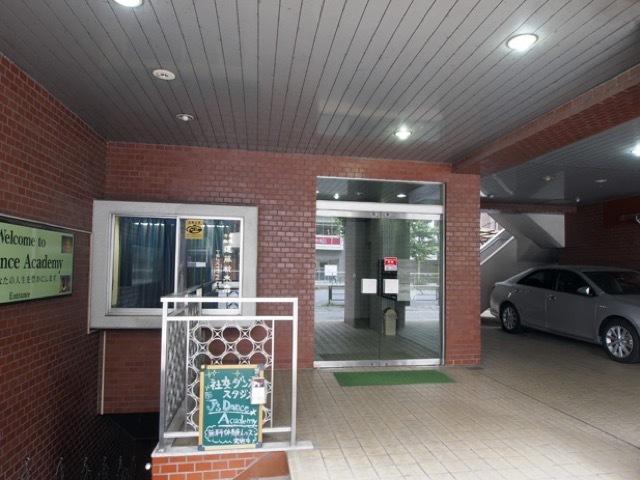 駒込遠藤ビルのエントランス