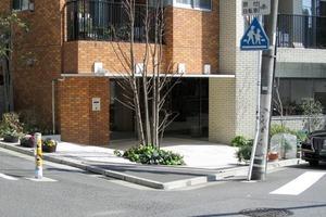 Aスタンダード渋谷桜丘のエントランス