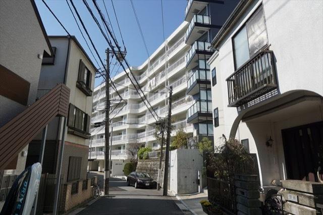 横浜山手パークハイツの外観