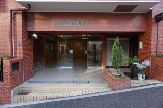 東武ハイライン芝虎ノ門のエントランス