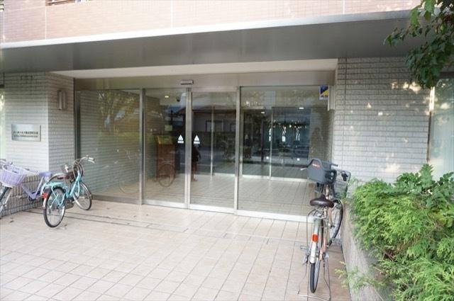 パークハウス鶴見栄町公園のエントランス