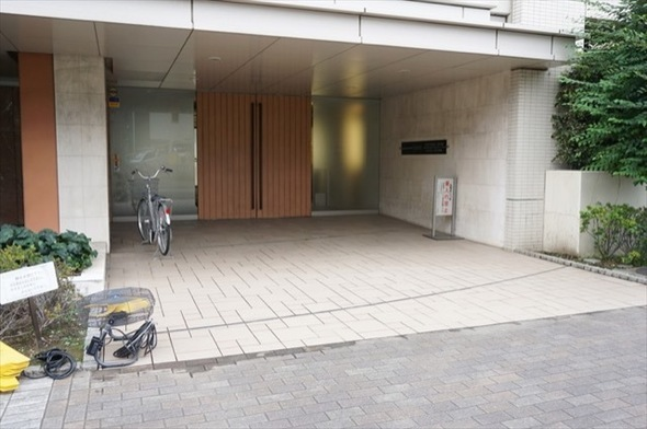 ジェイパーク横浜矢向フローラガーデンのエントランス