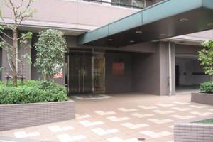 レジェンド西早稲田フォレストタワーのエントランス