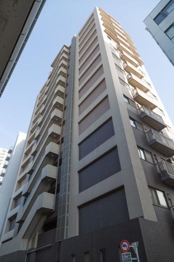 グラーサ駒沢大学の外観