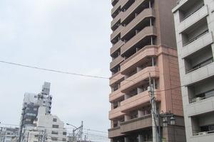 シャルムコート新宿ステーションパレスの外観