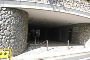東急ドエルプレステージ参宮橋のエントランス