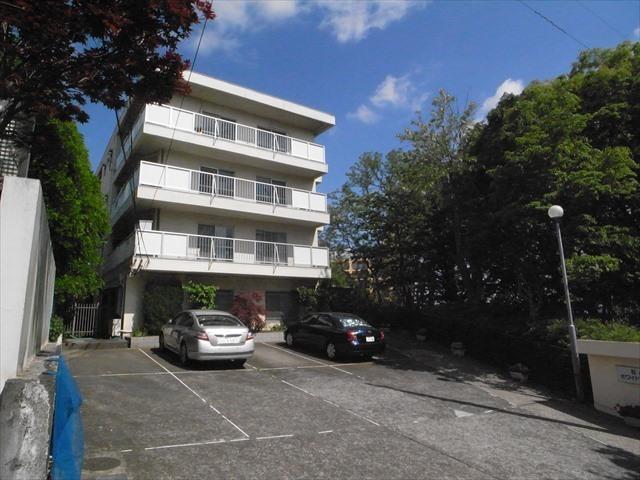 中野松が丘ホワイトマンションの外観