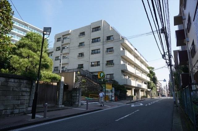 シルクハウス横浜の外観