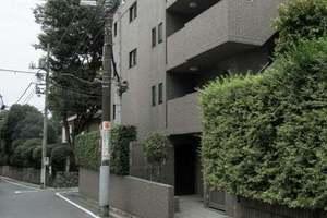 ルーブル中野坂上弐番館の外観