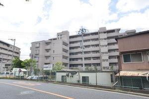 平井ガーデンハウスの外観