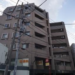 リブゼ横浜ファーストモール