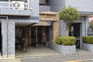 セザール大岡山ガーデンのエントランス